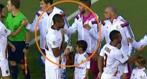 Pepe Escupe A Keita